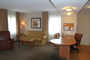Room - Candlewood Suites City Center Indianapolis