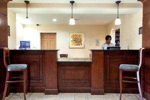 Lobby - Staybridge Suites Yorktown
