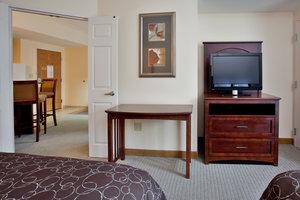 Suite - Staybridge Suites Yorktown