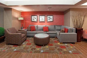 Lobby - Holiday Inn Express Hotel & Suites West Haven
