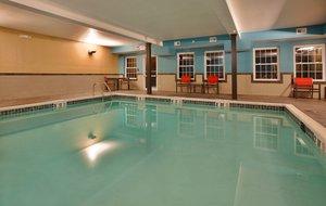 Pool - Holiday Inn Express Hotel & Suites North Kansas City