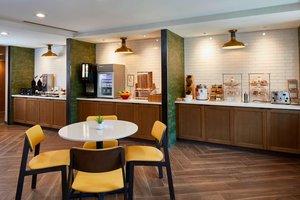 Restaurant - Fairfield Inn & Suites by Marriott Airport Albany