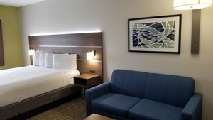 Room - Holiday Inn Express Hotel & Suites Lake Forest