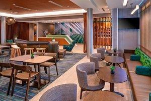 Bar - SpringHill Suites by Marriott East Lansing