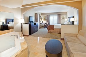 Suite - Holiday Inn Hotel Beaufort