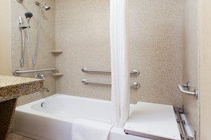 - Candlewood Suites Lexington