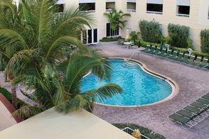 Pool - Club Wyndham Royal Vista Hotel Pompano Beach