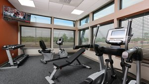 Fitness/ Exercise Room - Holiday Inn Express Hotel & Suites Quad City Moline
