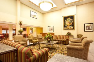 Lobby - Holiday Inn Express Hotel & Suites Bourbonnais