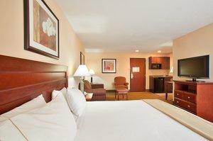 Suite - Holiday Inn Express Hotel & Suites Bourbonnais