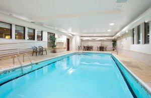 Pool - Holiday Inn Express Hotel & Suites Bourbonnais