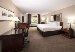 Room - Crowne Plaza Hotel Concord