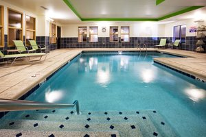 Pool - Holiday Inn Express Hotel & Suites Newport