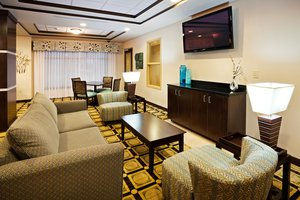 Restaurant - Holiday Inn Express Hotel & Suites Newport
