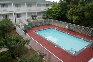 Pool - Holiday Inn Express Fayetteville