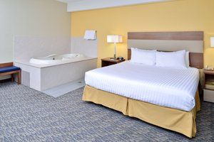 Suite - Holiday Inn Express North Attleboro