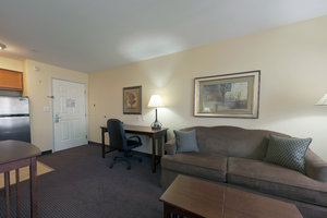 Room - Staybridge Suites Rocklin