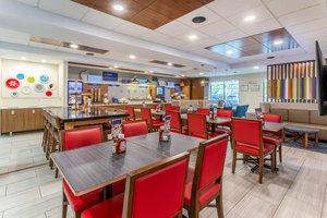 Restaurant - Holiday Inn Express Haskell