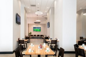 Restaurant - Holiday Inn Hotel & Suites Mesa