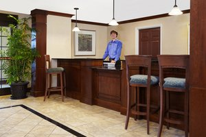 Lobby - Staybridge Suites Hotel Franklin