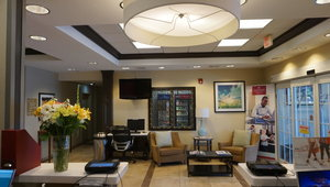 Lobby - Candlewood Suites West Springfield