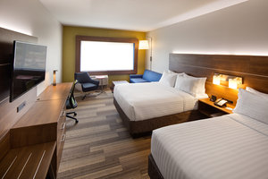 Suite - Holiday Inn Express Hotel & Suites Thornhill