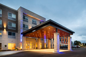 Exterior view - Holiday Inn Express Hotel & Suites Thornhill