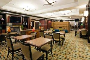 Restaurant - Holiday Inn Express Saraland