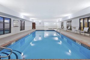 Pool - Staybridge Suites Columbia