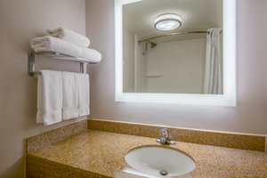 - Holiday Inn Express El Paso Central