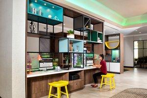 Lobby - Holiday Inn Hotel & Suites Mesa