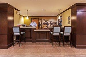 Lobby - Staybridge Suites Tulsa