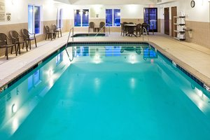 Pool - Holiday Inn Express Hotel & Suites Bethany