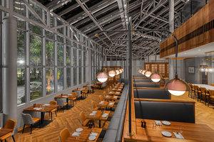 Restaurant - Crowne Plaza Ravinia Hotel Atlanta