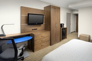 Room - Holiday Inn Express Lawrence