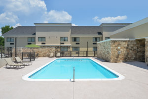 Pool - Holiday Inn Financial Centre West Little Rock
