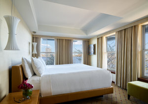 Suite - Battery Wharf Hotel & Spa Boston