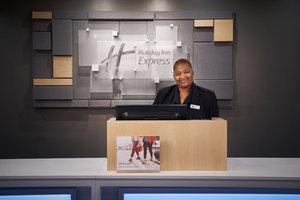 Lobby - Holiday Inn Express Downtown Richmond