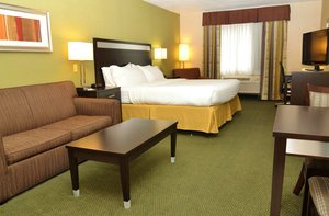 Room - Holiday Inn Express Hotel & Suites Monaca
