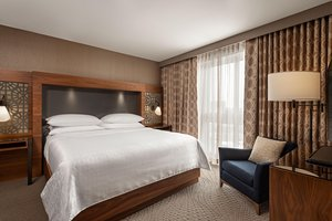 Suite - Sheraton Hotel & Conference Center Rexdale