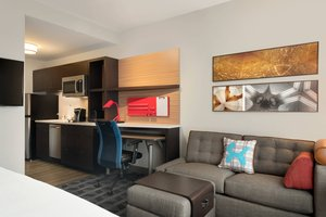 Suite - TownePlace Suites by Marriott Dubuque