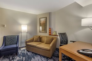 Suite - Fairfield Inn & Suites by Marriott Texarkana