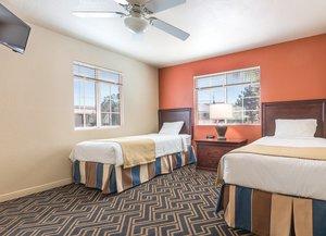 Room - Worldmark Resort Spencer Street Las Vegas