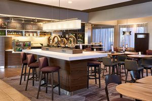 Restaurant - Courtyard by Marriott Hotel Miami Lakes