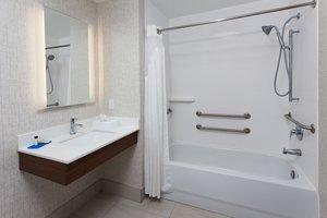 Room - Holiday Inn Express North Dothan