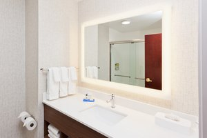 - Holiday Inn Express North Dothan