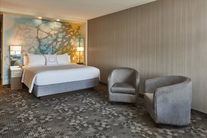 Suite - Courtyard by Marriott Hotel Troy