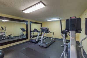 Fitness/ Exercise Room - Brandon Center Hotel Southeast Tampa
