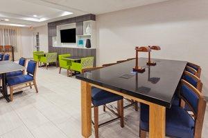 Restaurant - Holiday Inn Express North Dothan