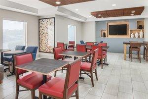 Restaurant - Holiday Inn Express Hotel & Suites Duncan